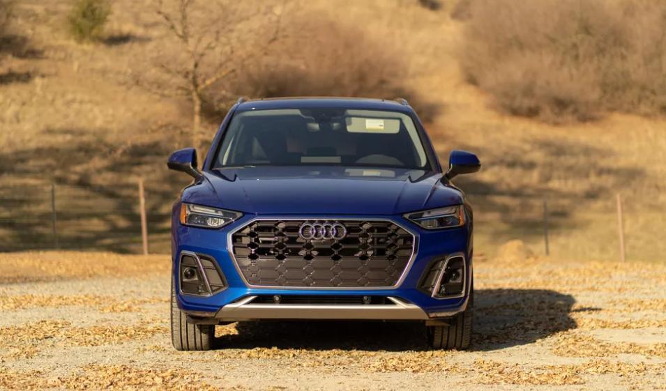 Обзор Audi Q5 PHEV 2021 года: мощный, роскошный и компактный кроссовер премиум-класса
