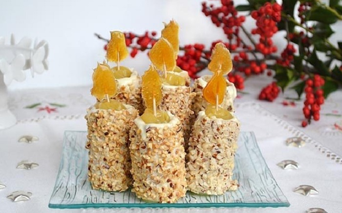 Приготовлю на новогодний стол сладкие свечи с заварным кремом, белым шоколадом и орешками: вкусно и романтично