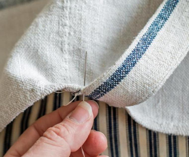 Радуем питомца новой лежанкой: мастерим для собаки мягкую кроватку на завязочках