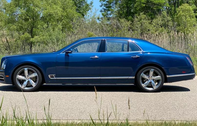Реквием для тяжеловеса: прощаемся с Bentley Mulsanne и его 6,75-литровым двигателем V8