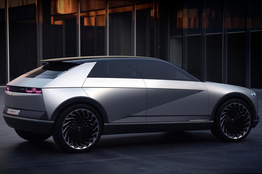 Разгон за 5,2 секунды: первая информация о Hyundai Ioniq 5 просочилась в Сеть