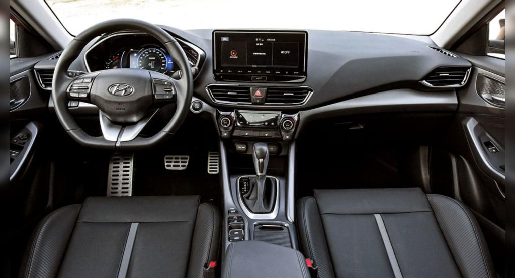 Hyundai представила обновленный седан Hyundai Lafesta: рестайлинг проведен впервые
