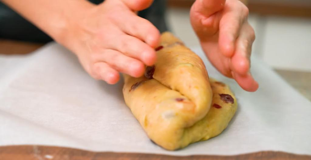 На Рождество можно разрезать: храню особенный кекс в холодильнике 2 недели по немецким традициям