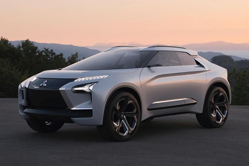 Дебютирует в 2021 году: Mitsubishi хочет превратить спортивный седан Reborn Evolution в полностью электрический внедорожник