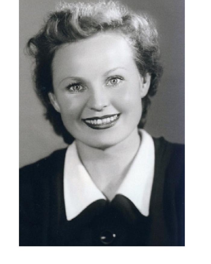 Готлиб Ронинсон всю жизнь прожил с мамой, но однажды он был влюблен в очаровательную студентку (фото)