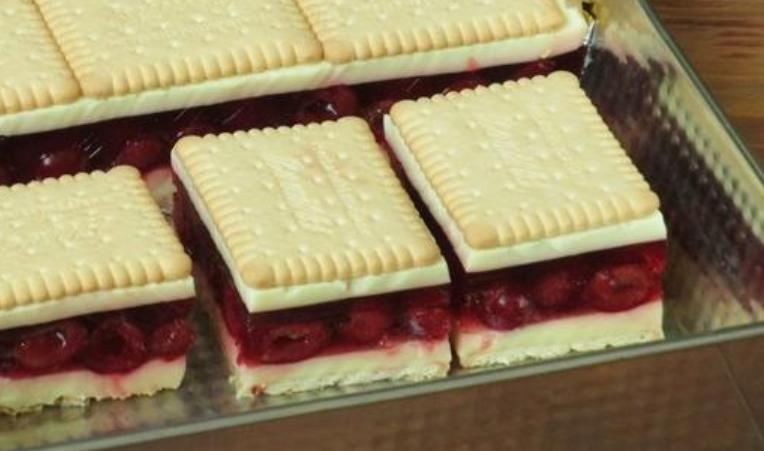 """Йогуртово-вишневый торт """"Восторг"""" – один из моих самых любимых десертов. Готовится без выпечки"""