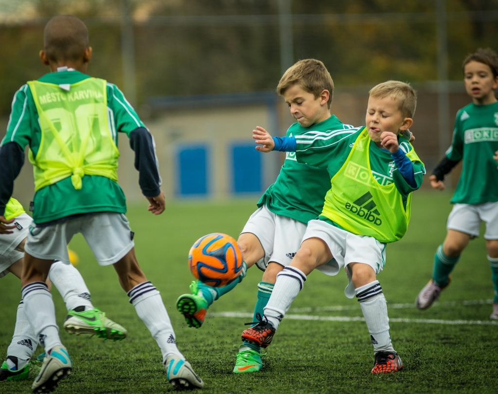 Урок футбола. Российский футбольный союз позаботился о введении в школах специальной учебной программы