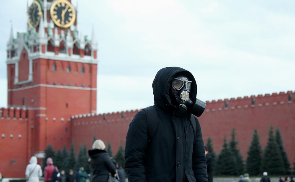 Некоторые медицинские маски проявили себя хуже, чем полный отказ от средства защиты: новое исследование