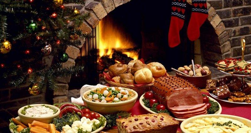Закуски, салаты, горячее: сколько можно хранить новогодние блюда, чтобы не рисковать своим здоровьем