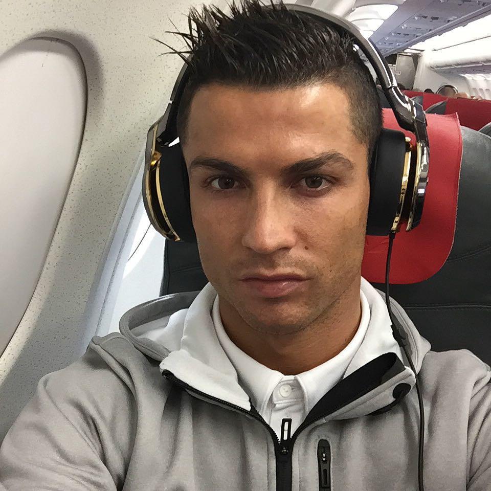 Почти столько же, сколько у аккаунта самой соцсети: Роналду первым в мире набрал 250 миллионов подписчиков в Instagram