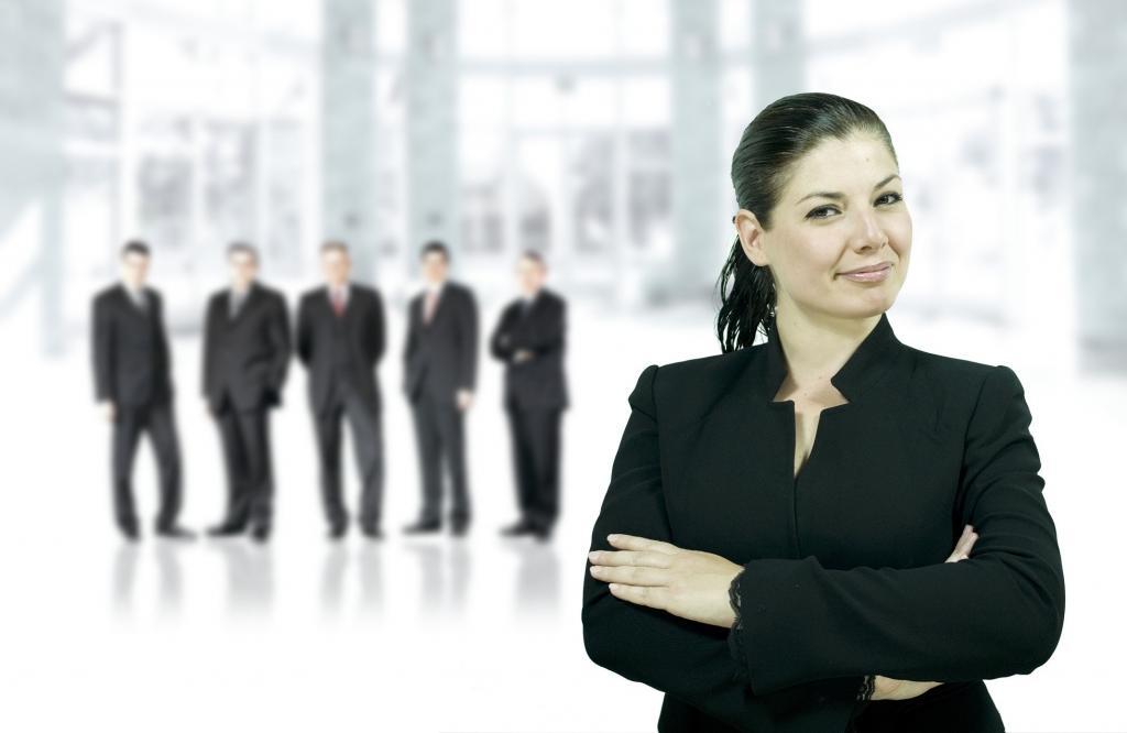 Женщины более осведомлены о страхах подчиненных во время кризиса. В кризис женщины становятся лучшими лидерами, чем мужчины
