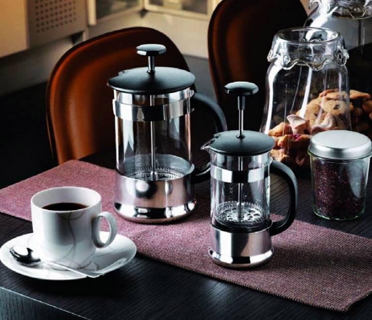 Неправильно приготовленный кофе вредит здоровью: френч-пресс - опасный способ заваривания напитка