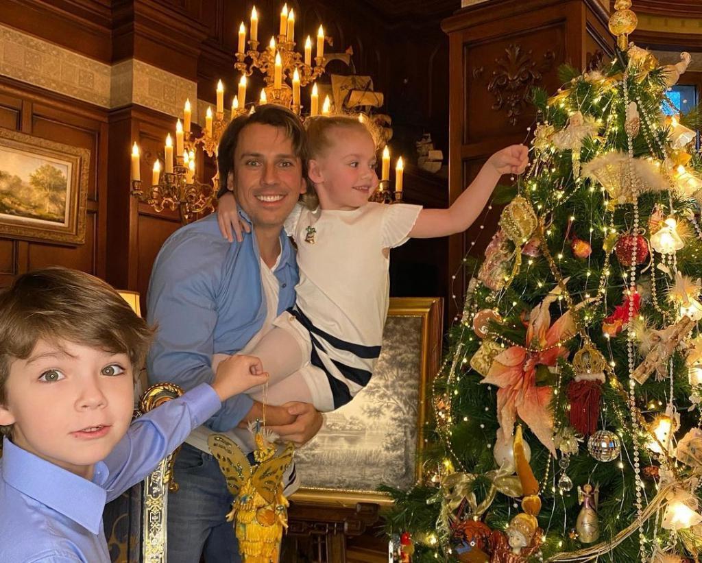 Максим Галкин поделился секретом семейного счастья. И рассказал, как ему живется в браке с Пугачевой