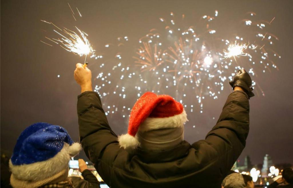 Виной тому пиротехника: врач-травматолог Артем Катулин рассказал о самых частых травмах в новогодние праздники