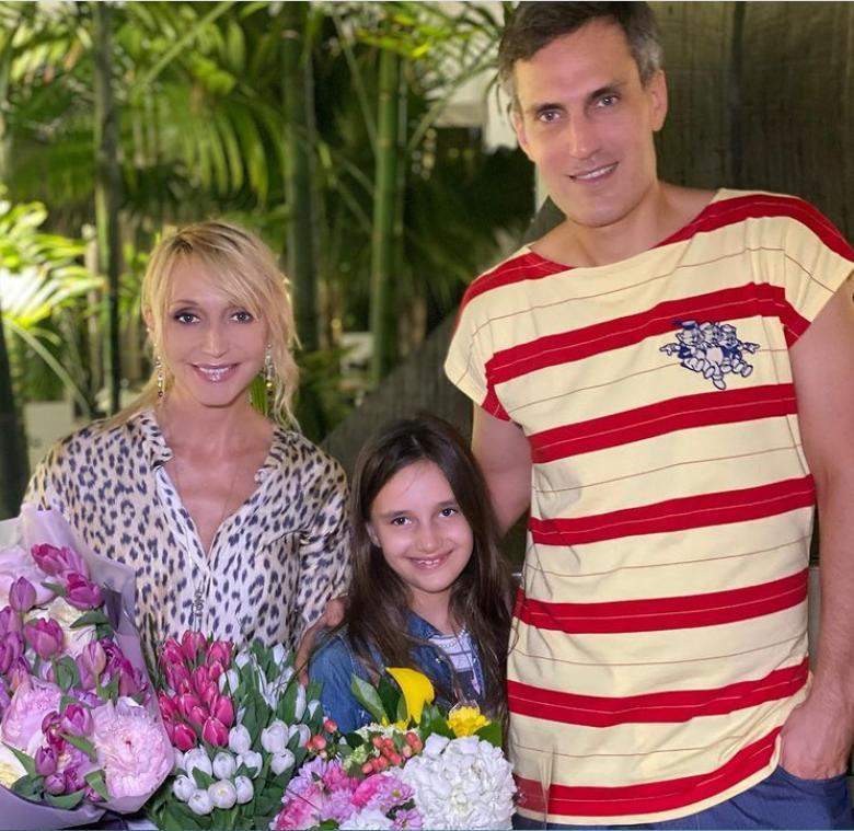 Кристина Орбакайте показала, что берет с собой в отпуск