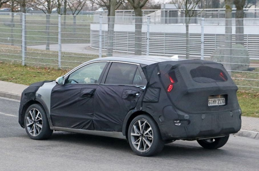 Kia вывела на тесты новый серийный кроссовер Kia Habaniro: он представлен компанией как «автомобиль для всего»