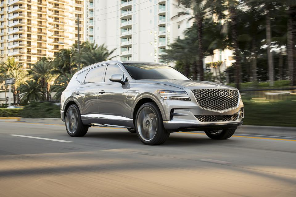 Журналисты проголосовали за лучшие авто в 2021 году в конкурсе NACTOY: гибриды от Hyundai, Nissan Sentra и других брендов