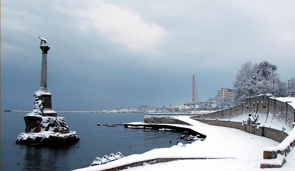 Достойная конкуренция пляжному сезону: города Крыма оказались переполнены туристами на новогодних праздниках