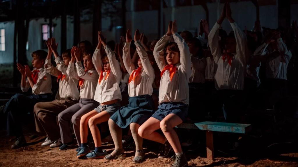 """Вампиры в пионерлагере 80-х: долгожданная премьера российского сериала """"Пищеблок"""" состоится в этом году"""