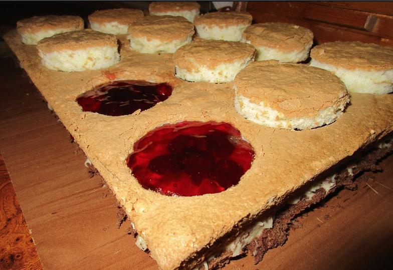 """Торт """"Далида"""": рецепт сложного, но красивого и вкусного десерта"""