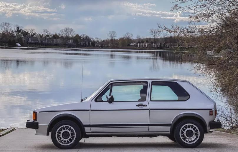 Лучшие автомобили 2020 года: Volvo XC40 Recharge, Porsche Boxster и другие