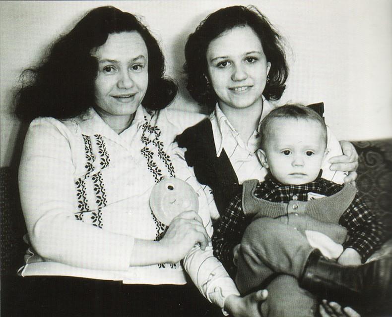 """""""Позаботься об отце"""", – последнее напутствие дочери от первой супруги Владимира Мулявина. Как выглядела женщина, любившая музыканта всю жизнь"""