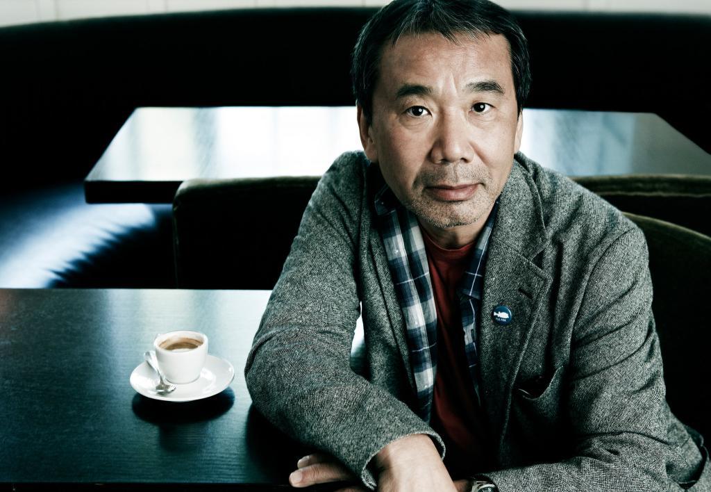 """""""Наступит время понять - поймешь"""". Ко дню рождения Харуки Мураками: японская мудрость в цитатах выдающегося писателя"""