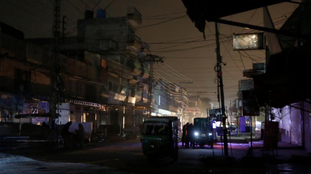 В стране темно: весь Пакистан остался без электричества