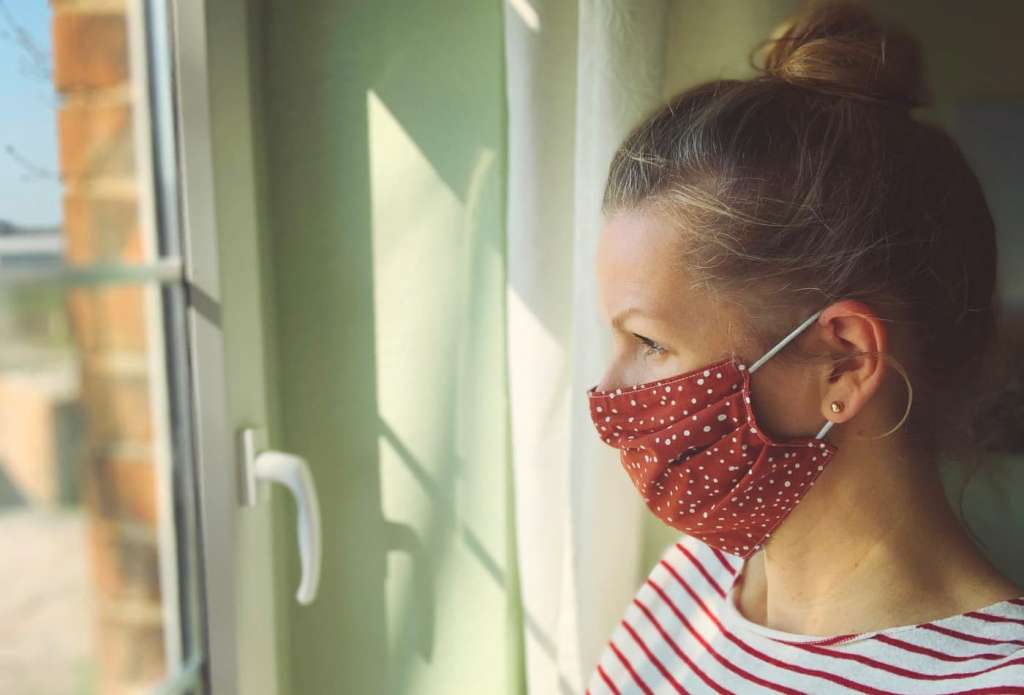 Неэффективна, если сможете задуть пламя: как понять, что маска вам не подходит