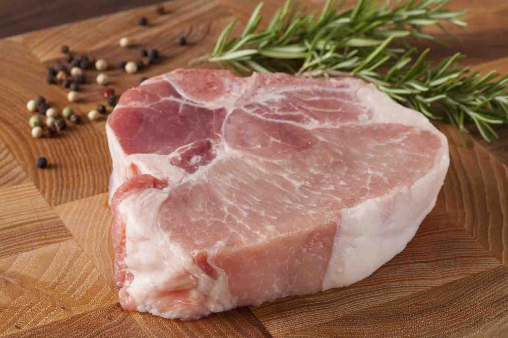 """Четыре ошибки при употреблении свинины, которые допускает большинство. Правило """"3 нет"""" при выборе мяса"""