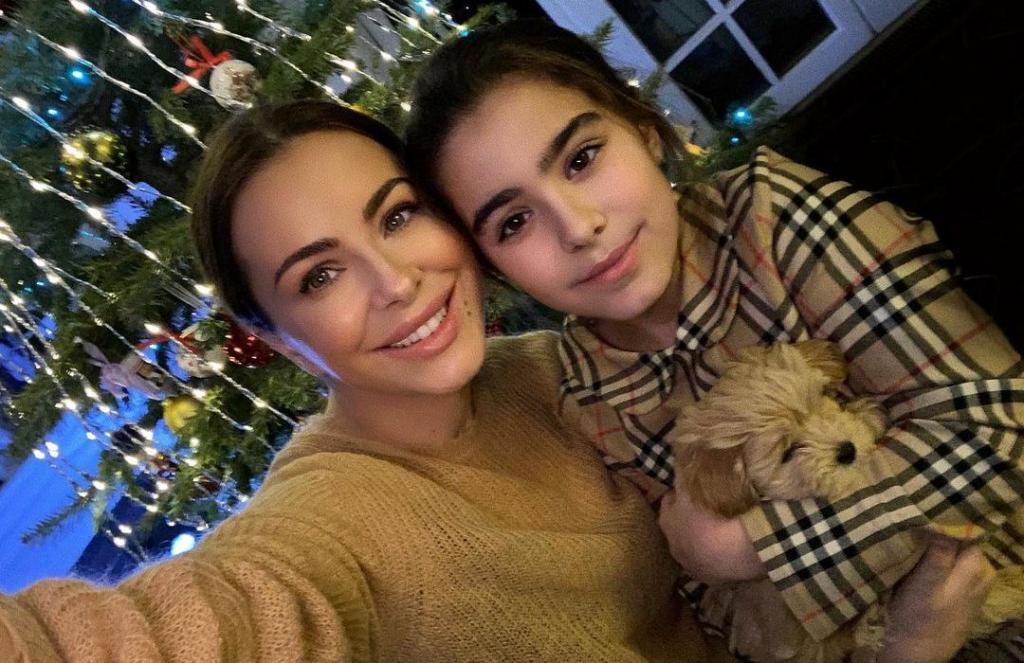 Дочь Ани Лорак заметно повзрослела. Певица показала новое фото Софии