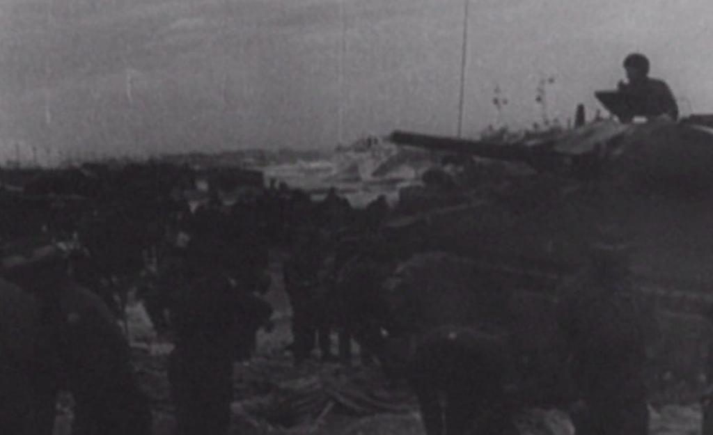 Штормы и приливы в графстве Хэмпшир обнажили бетонные стапели, воздвигнутые в 1942 году для танкового десанта: фото