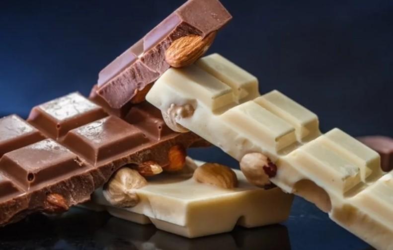 Повышает уровень холестерина, вызывает проблемы с сердцем и увеличивает массу тела: вся правда о белом шоколаде