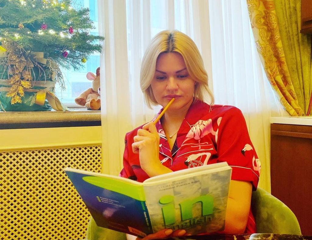 """""""Люди меня поняли"""". Ирина Круг рассказала, как она живет после смерти знаменитого мужа (новые фото)"""