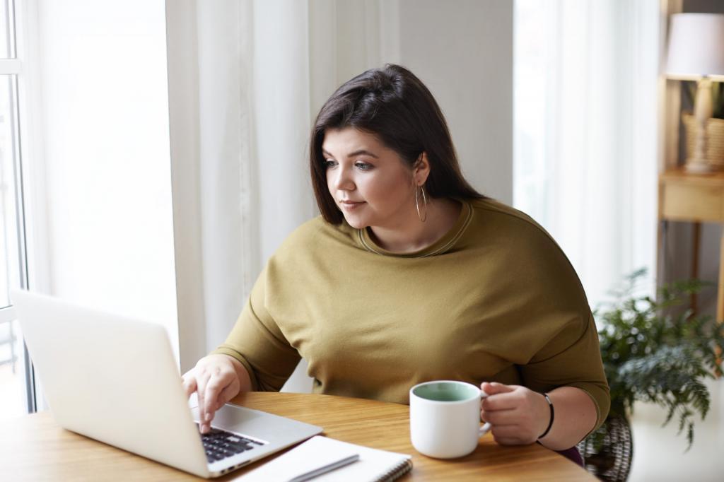 «Заедаем скуку и стресс» и другие причины, которые мешают похудеть