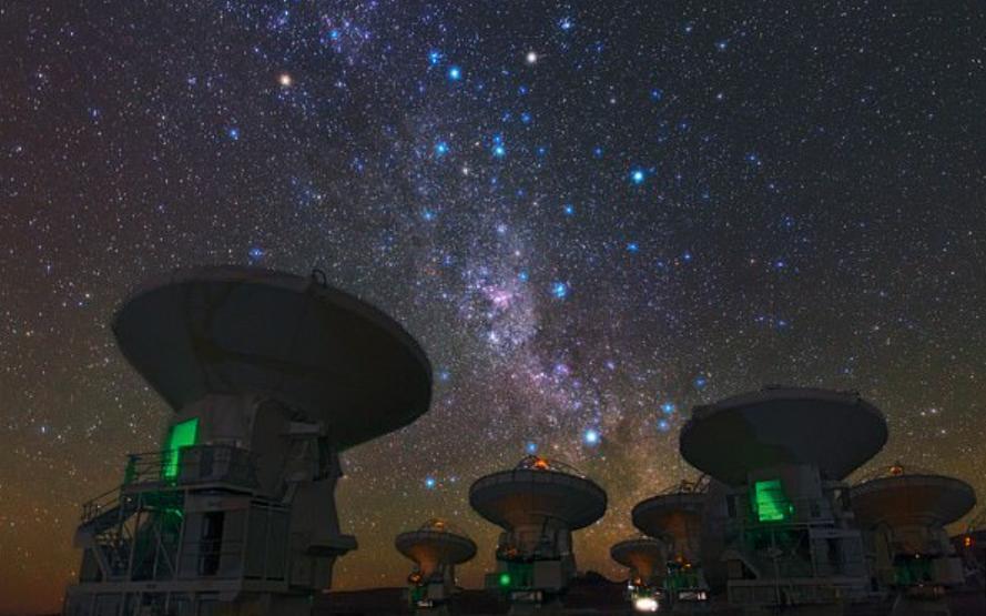 Слияние галактик в ранней Вселенной, по предположению ученых, способно остановить рождение новых звезд