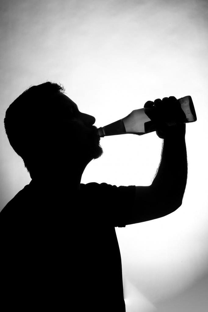 В малых дозах даже на пользу. Доктор Мясников объяснил, почему нельзя совсем отказываться от алкоголя
