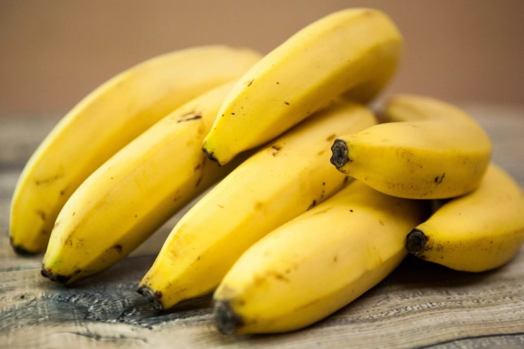 В холода нет ничего вкуснее выпечки. Четыре здоровых рецепта кексов: банановый, тыквенный, йогуртовый и грушевый