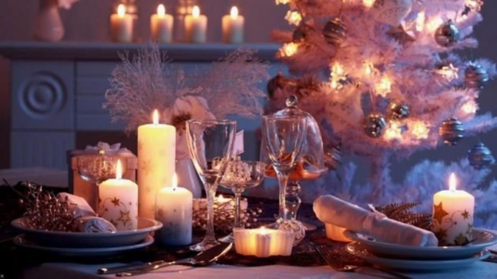 14 января нельзя выносить мусор, а женщины не должны ходить в гости: как привлечь удачу и благополучие в Старый Новый год