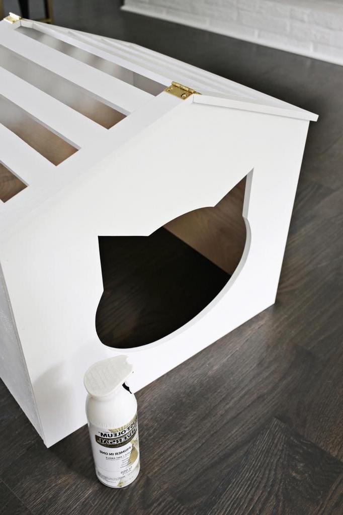 Очаровательное место для пушистого комочка: как из деревянной доски сделать дорогой на вид домик для любимого кота