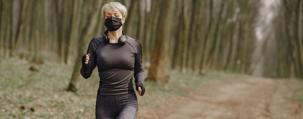 Прогулка вместо энергичной пробежки: можно ли заниматься спортом, когда человек болен