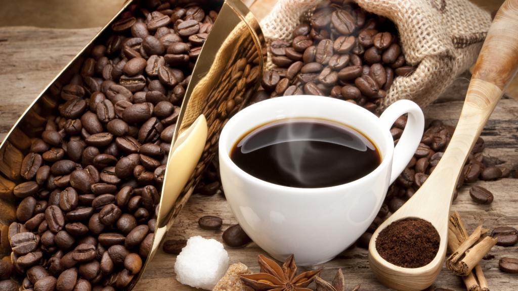 Белый хлеб, хот-доги, кофе: продукты, которые снижают вероятность зачатия у женщин