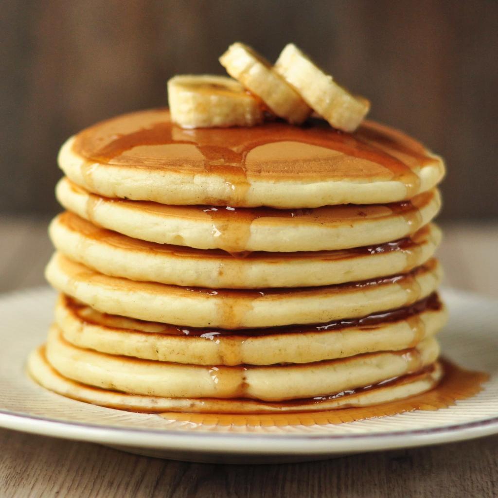 Завтрак, обед и ужин: экономная мама поделилась своим списком покупок и меню, которые позволяют недорого кормить семью из 4 человек