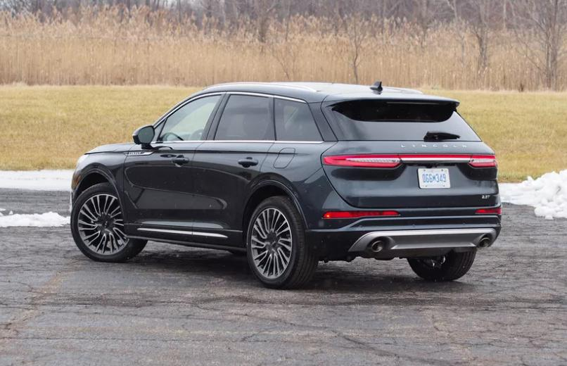 Электрический внедорожник Lincoln Corsair появится в 2026 году и станет одним из пяти новых электромобилей Ford