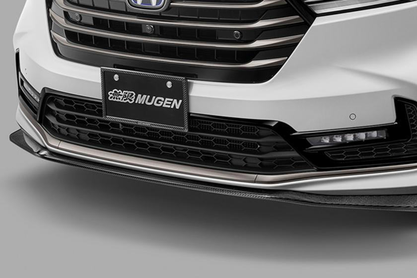Минивэнам не обязательно быть скучными: японский тюнер Mugen придал Honda Odyssey спортивный облик