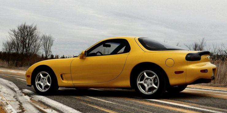 Десять лучших спортивных автомобилей прошлого, которые уже сняли с производства: многие до сих пор помнят об этих легендах классики