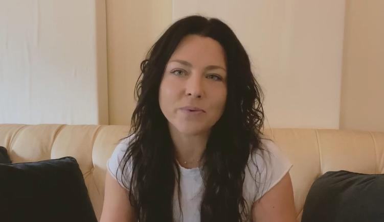 Группа Evanescence выпускает новый альбом. Как сейчас выглядит 39-летняя Эми Ли