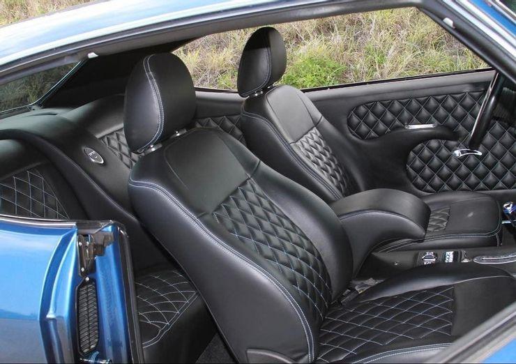 Управление жестами и массажные кресла: топ самых бесполезных функций автомобиля, за которые люди все еще платят