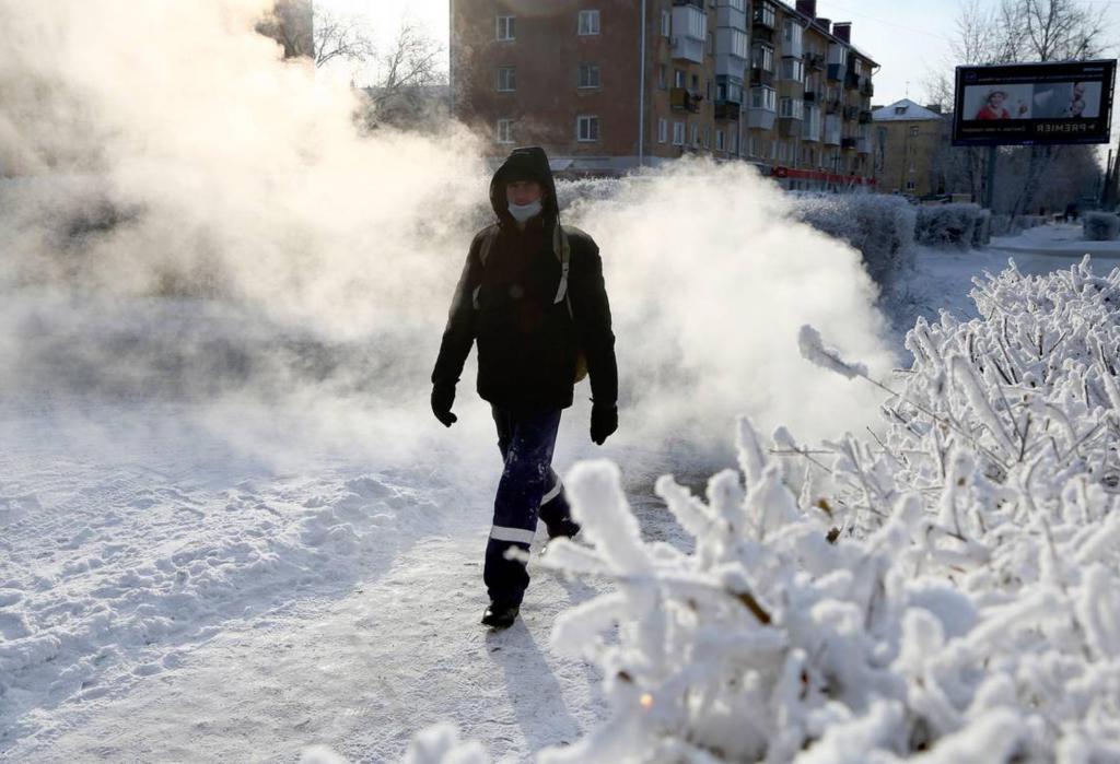 До минус 38 градусов: россиян предупредили о сильных погодных аномалиях
