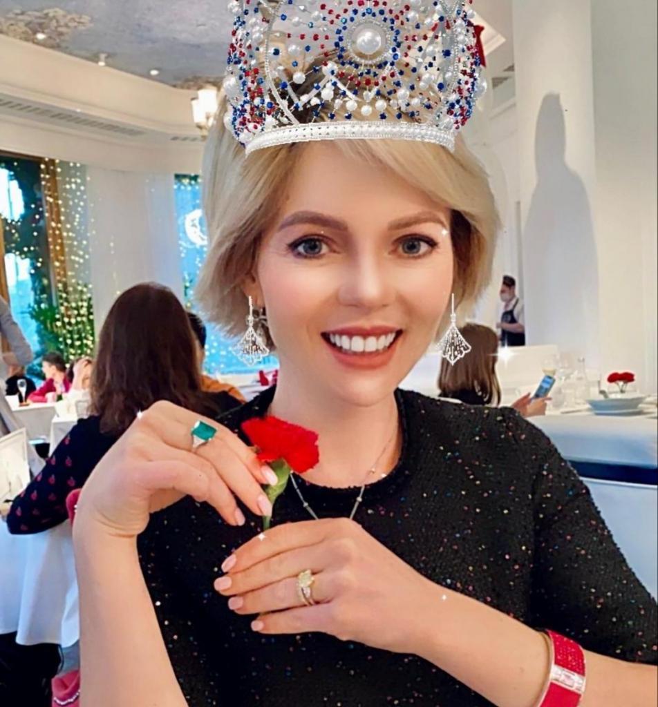 Как сейчас выглядит возлюбленная бывшего мужа Волочковой: блондинка с фигурой Дюймовочки